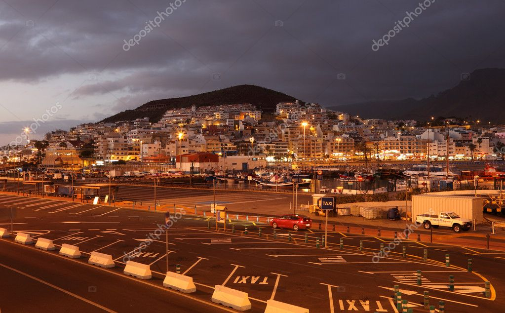 Los Cristianos at dusk. Canary Island Tenerife, Spain — Stock Photo #6377008