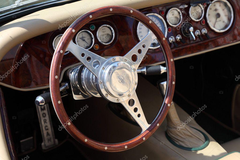 int rieur de la voiture de sport classique de morgan photo prise au 24 avril 201 photographie. Black Bedroom Furniture Sets. Home Design Ideas