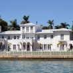 Luxury house waterside at Star Island, Miami Beach, Florida — Stock Photo