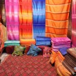 Colorful fabrics for sale in Fes, Morocco — Stock Photo