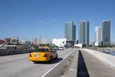 Taxi on the Bridge at Downtown Miami, Florida USA — Стоковое фото