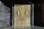 Golden door in Marrakech — Stock Photo