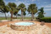 Resort tropical con jacuzzi — Foto de Stock