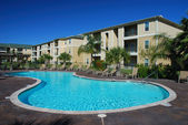 Swimimng pool and Apartment houses — Stock Photo