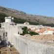 Fortified wall of the old town of Dubrovnik, Croatia — Stock Photo #6717285