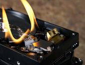 Plameny na otevřené pevný disk — Stock fotografie
