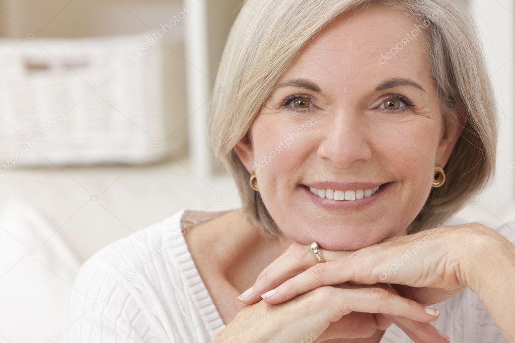В возрасте женщины фото