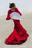 Traditional Woman Spanish Flamenco Dancer In Red Dress With Fan — Stock Photo