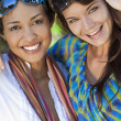Two Beautiful Young Women Friends Laughing On Vacation — Stock Photo