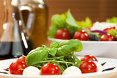 Tomato Mozarella Rocket or Rocquet Salad With Olive Oil and Bals — Stock Photo