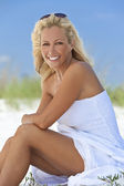 Beautiful Blond Woman in White Dress At Beach — Stock Photo
