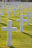 アメリカ人墓地コルヴィル-sur-mer のオマハ浜、ノルマンディー フランス — ストック写真