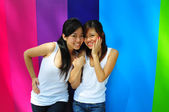A pair of chinese best girlfriends — Stock Photo