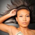 azjatycki chiński kobieta z USA dolara — Zdjęcie stockowe