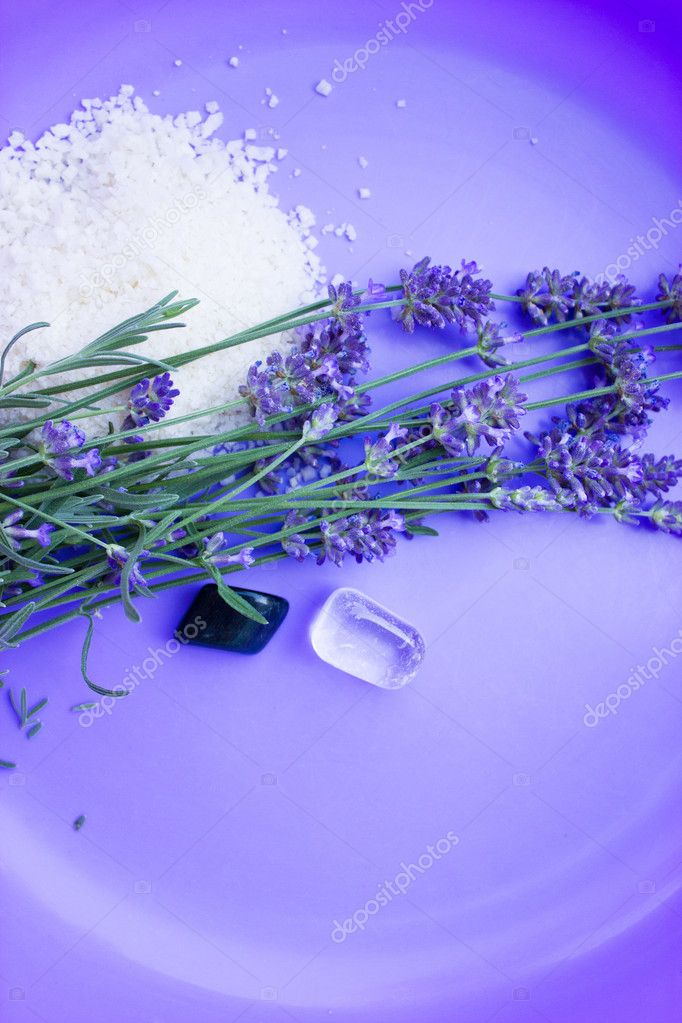 Spa treatment with lavender and minerals — Stock Photo #6537038