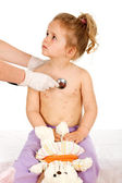 Little girl with small pox at the doctors — Stock Photo