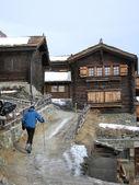 Alplerde köyü — Stok fotoğraf