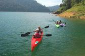 Kayaking on lake — Stock Photo