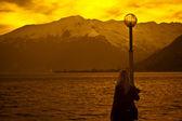 Woman & sunset — Stock Photo