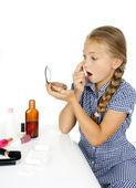 Girl crushes acne — Stock Photo