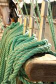 Liny na statku — Zdjęcie stockowe