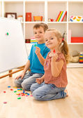 Kids learning the numbers — Stock Photo