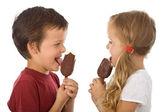 Kids eating ice cream — Stock Photo