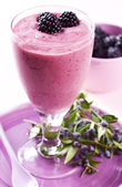 Blackberry smoothie — Stock Photo