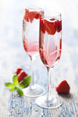 Strawberry champagne cocktail — Stock Photo