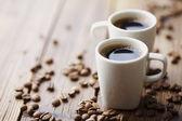 Kahve çekirdekleri ve kahve — Stok fotoğraf