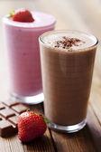 Milk-shake de chocolate e morango — Foto Stock