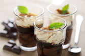 Chocolate and vanilla mousse — Stock Photo