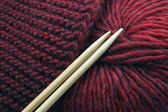 Knitting, spokes and wool — Stock Photo