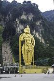 Gold statue, Batu Caves, Kuala Lumpur, Malaysia — Stock Photo