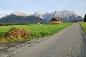 Strada alpina — Foto Stock