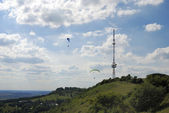 Paragliding and Telecommunication — Stock Photo
