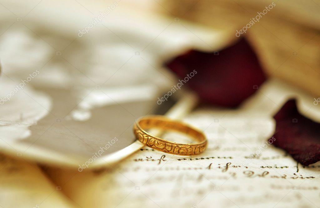 old wedding ring stock photo 6420449 - Old Wedding Rings