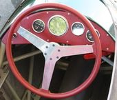 Old fashioned steering wheel — Stock Photo