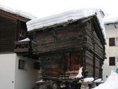 Zermatt old Chalet — Stock Photo