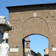 Porta Romana e statua a Firenze n.2 — Stock Photo