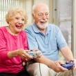 Äldre par - video gaming — Stockfoto #6511865