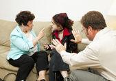 семейное консультирование - вину дочь — Стоковое фото