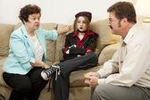Familj rådgivning - hon driver mig till vansinne — Stockfoto