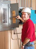 産業電気技師の仕事で — ストック写真