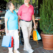 Shopping Seniors - Strolling — 图库照片
