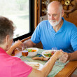 RV Seniors - Mealtime Prayer — Stock Photo