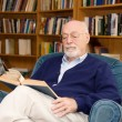 Senior Man Reading — Stock Photo