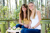 Teens in Treehouse — Stock Photo