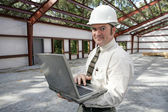 Construction Inspector Online — Stock Photo