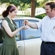 Handing Over Keys — Stockfoto